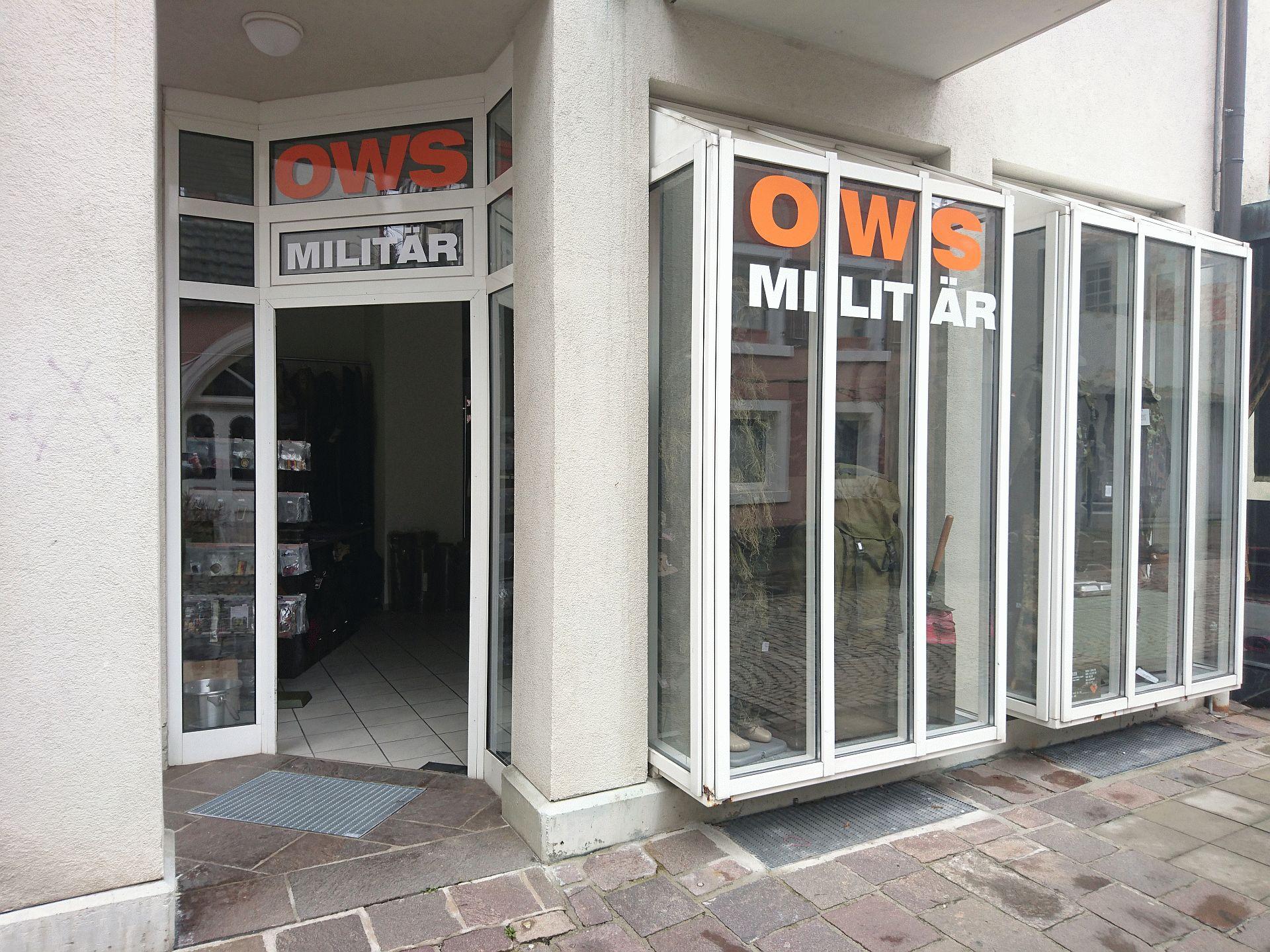 Eingang OWS Militär