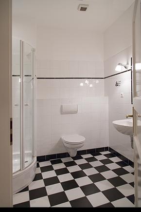 Schwarz wei fliesen bad - Badezimmer schwarz weiay ...