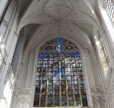 heizen Kirchenheizung Gotteshaus Kirchenschiff