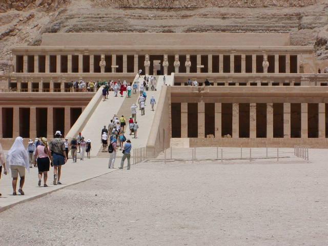 Pyramids-Travel Nilkreuzfahrt Hatschepsut-Tempel