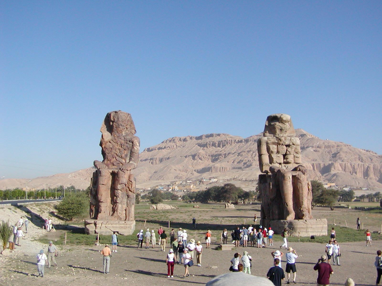 Pyramids-Travel Memnonkolosse Luxor