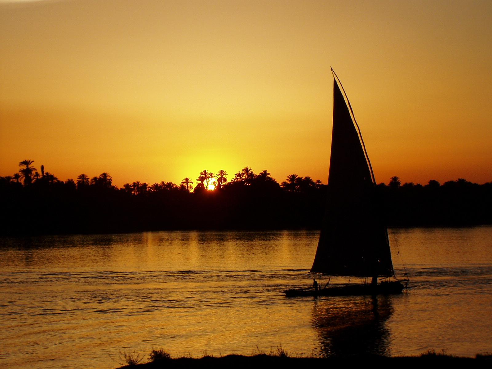 Pyramids-Travel Sonnenuntergang Nil