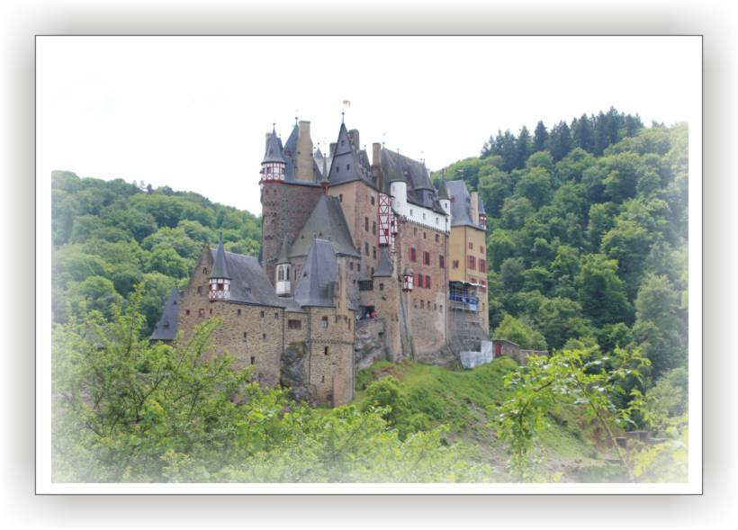 Klicken für weitere Infos zur Burg Eltz