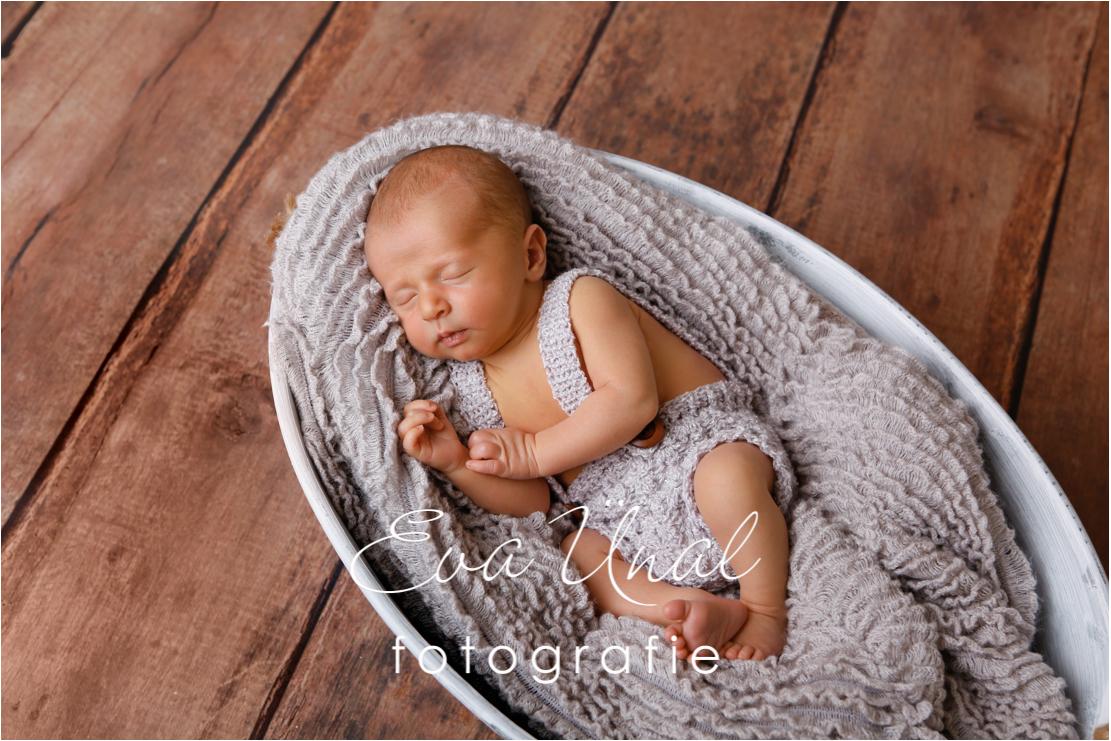 Newborn_Babyfotografie_Waldshut_003jpg