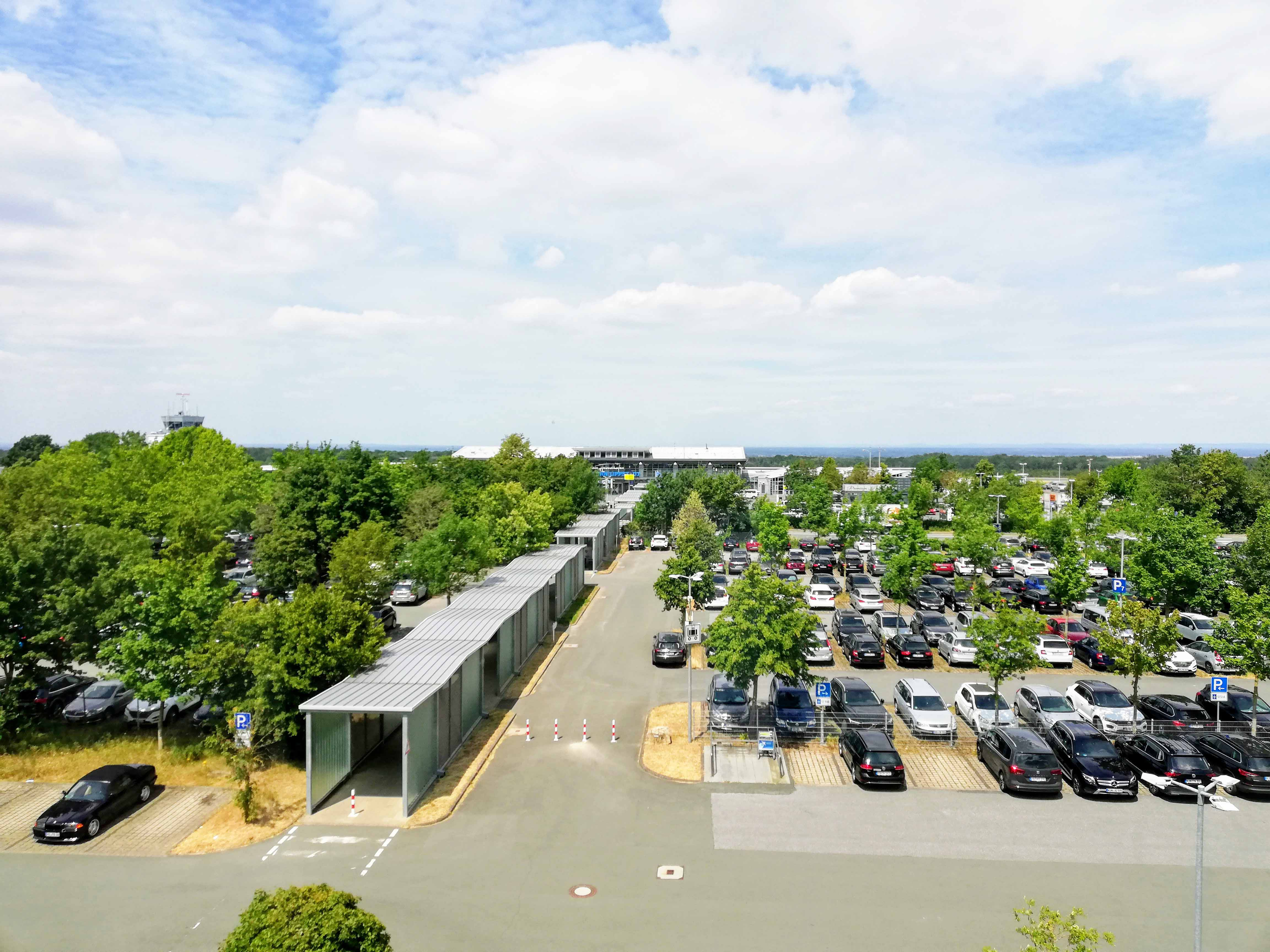 Parken Flughafen Paderborn Forum