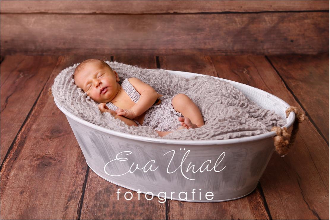 Newborn_Babyfotografie_Waldshut_008jpg