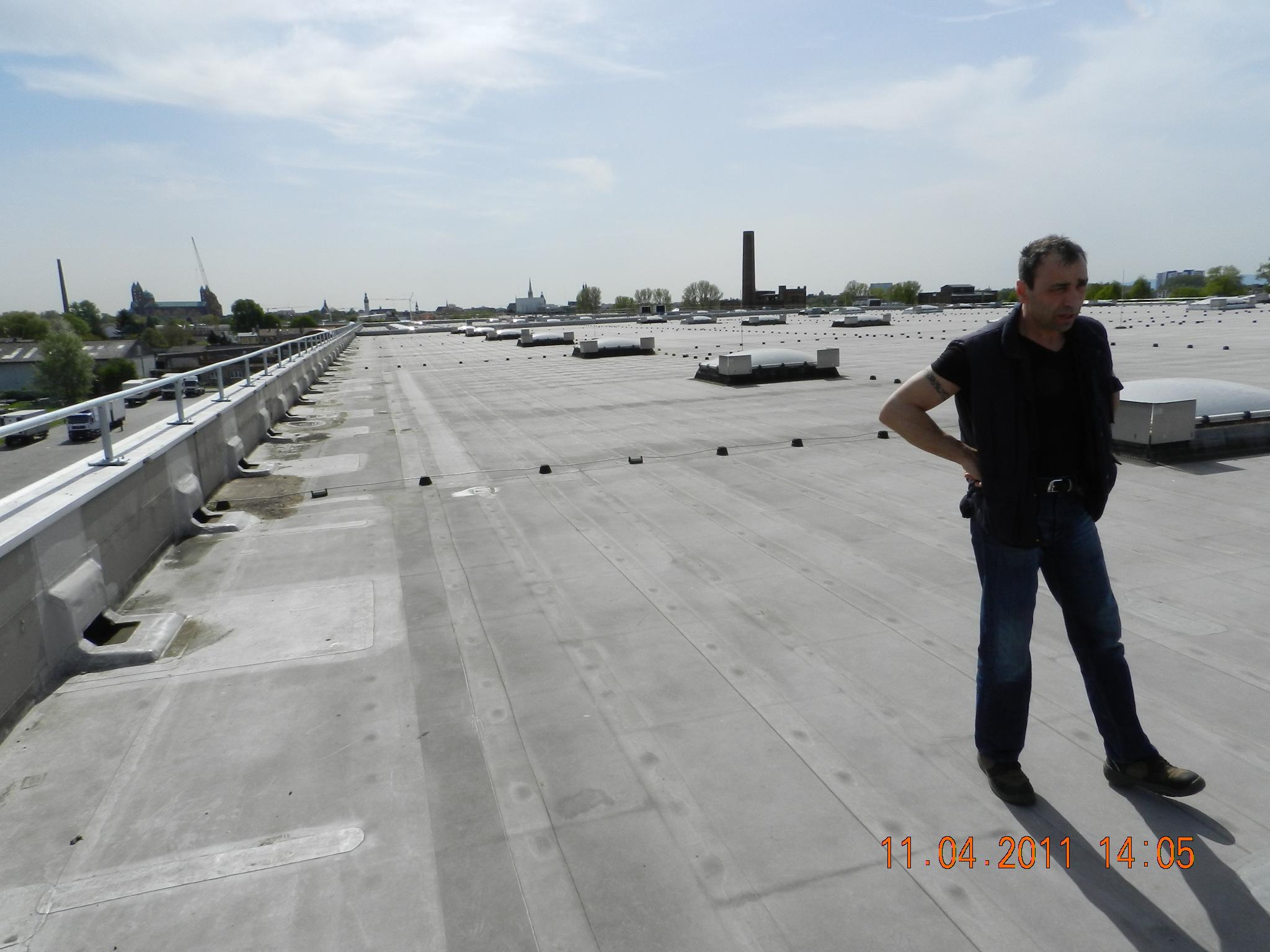 Schaden dach kunststoffbahn