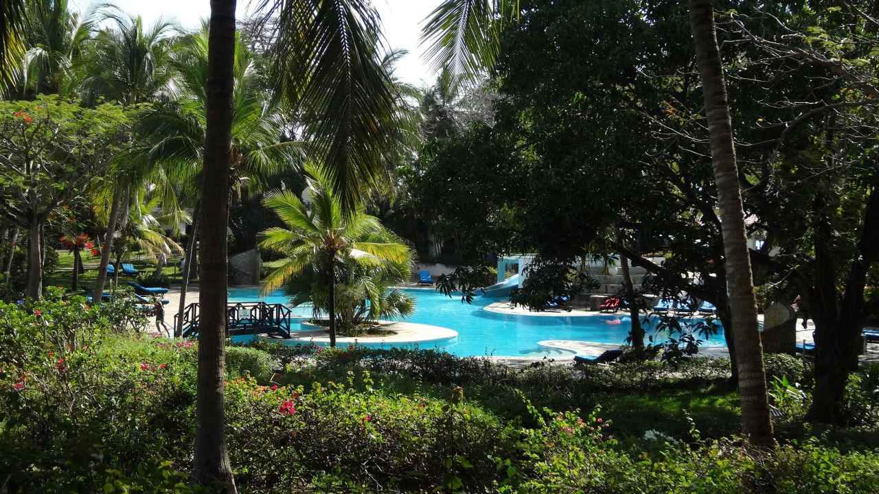 Bahari beach hotel kenya, holidaycheck awards2017